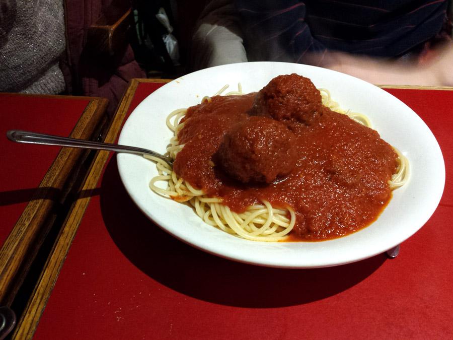 The Inlet Online | Bronzies | Bronzies Italian Restaurant | Bronzies Hamilton | Classic Italian Eatery