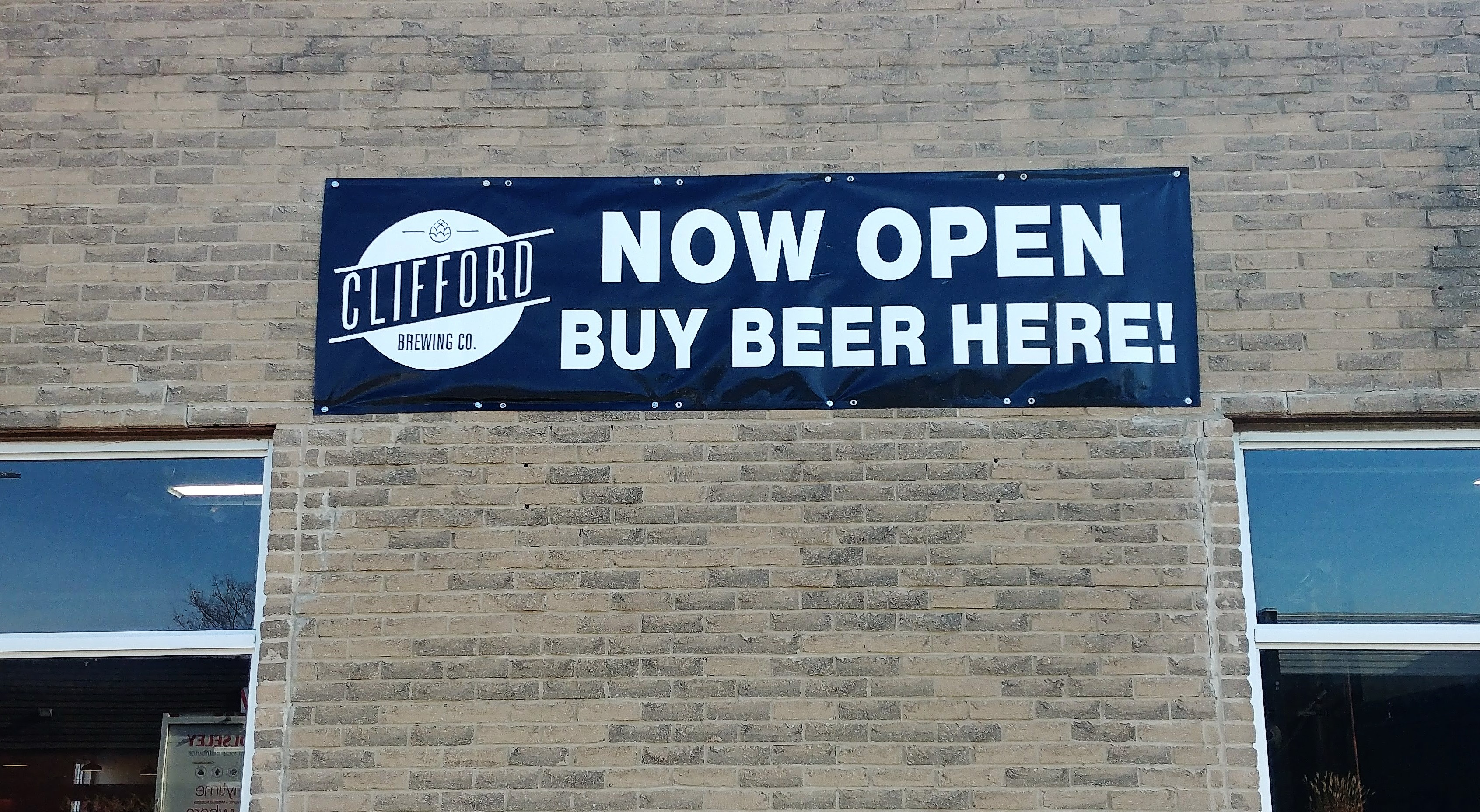 Clifford Brewing Opens in Hamilton | The Inlet News Hamilton, Ontario Photo 6